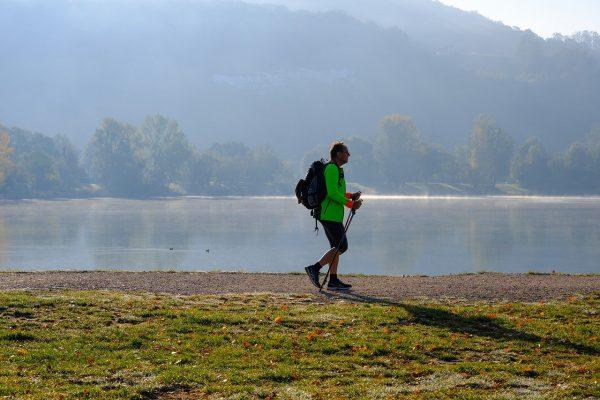 coach-sport-sante-74-marche-nordique-lac